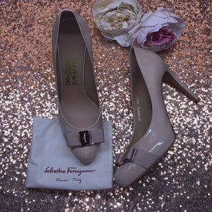 Salvatore Ferragamo Nude Leather Heels 10M